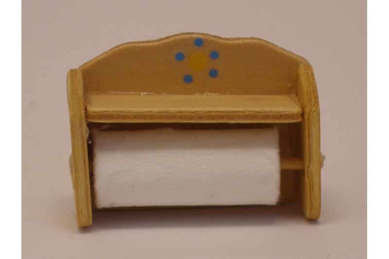 Küchenrolle mit kleinem Regal für die Puppenküche in einem ...